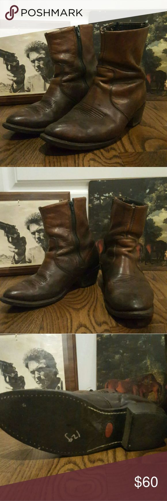 Vintage Leather Men Durango Cowboy Boots Beautiful Rustic Durango Leather Boots in GREAT shape! They seem to be a Mens 10.5. I am going to have to measure but I am pretty sure they are tho they are not marked. Soles are in really good condition.  The inside of them are pretty worn but could be cleaned easily. Durango Shoes Cowboy & Western Boots