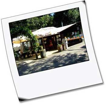 Il camping RELAX si trova a Pian del voglio, a 45 Km da Bologna e 40 da Firenze.   Immerso nel verde dell'Appennino Tosco-Emiliano a 612 metri sul livello del mare , il campeggio garantisce una godibile tranquillita' e un sano distensivo benessere.Il Campeggio, aperto tutto l'anno, e' dotato di Bar , ritrovo in una caratteristica Baita, Salone ristorante per le attivita' sociali dei campeggiatori.