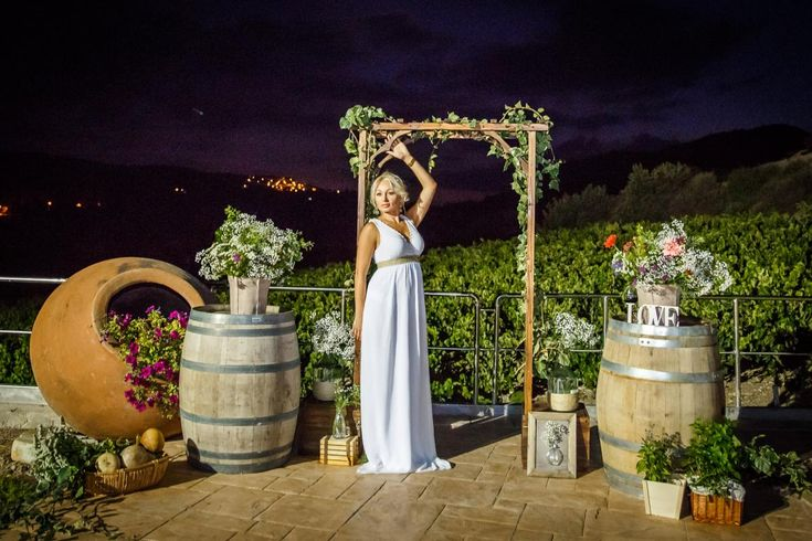 Тематические свадьбы на Кипре, тематические вечеринки на Кипре, свадьба на винодельне