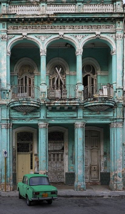 Turquoise: Buckets Lists, Color, Green Cars, Travel, Havanacuba, Place, Paris Hotels, Havana Cuba, Old Building