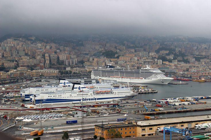 Der Hafen Genua, der größte Seehafen Italiens