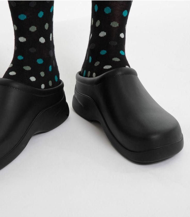 Nursing Shoes - Skechers Skech-Knit Limited Edition Black/White Shoe