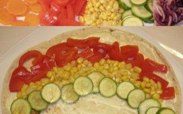 Una ricetta vegan per il panino di verdure arcobaleno Oggi vi vorrei proporre la ricetta del panino denominato arcobaleno. Un panino vegan co cucina ricetta vegan