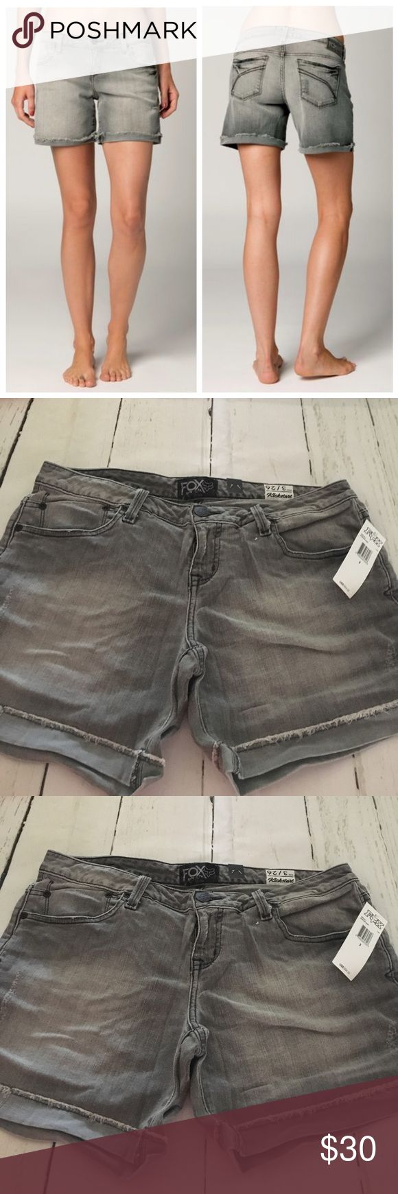 """🆕Fox Racing Womens Kickstart Denim Jean Shorts The Kickstart shorts are the perfect pair of denim if you're looking for a longer fit.  FEATURES  Fox Denim patch with hammered nail heads at back of waistband 5.5"""" inseam 98% cotton/2% Spandex Fox Shorts"""