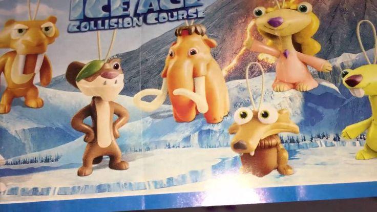 Свинка Пеппа открывает Киндер Сюрприз Ледниковый Период мультик с игруш...
