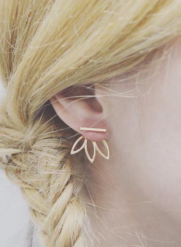 Harlyn Leaf Out Earrings