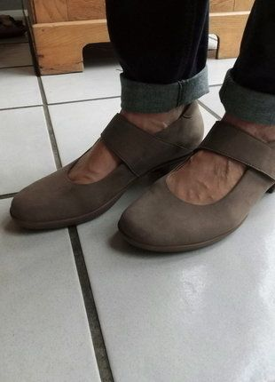 Kaufe meinen Artikel bei #Kleiderkreisel http://www.kleiderkreisel.de/damenschuhe/ballerinas/137999923-schlammfarbende-pumps-von-hartjes-mit-herrausnehmbaren-sohlen