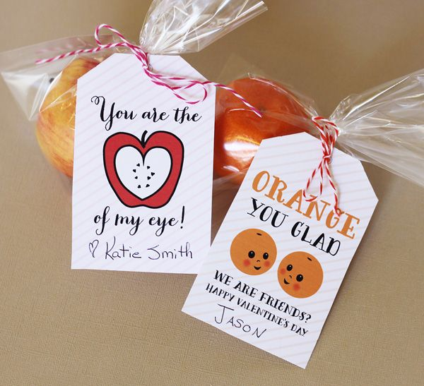 Free healthy valentine printable for fruit! A great alternative to Valentine's Day candy