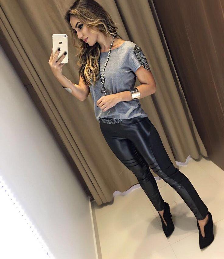 """4,521 curtidas, 49 comentários - Estação Store (@estacaostore) no Instagram: """"Paraaa tudo ! ✋ que look é esse? ❤️ T-Shirt Louise   Calca Mari  Compras on line:…"""""""