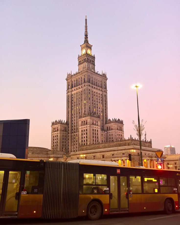"PALACE PF CULTURE AND SCIENCE 38 Likes, 6 Comments - Karolina Talar (@talarkarolina) on Instagram: ""#warsaw #poland #nofilter #palaceofcultureandscience #pink #sky #bus #instamoment #evening…"""
