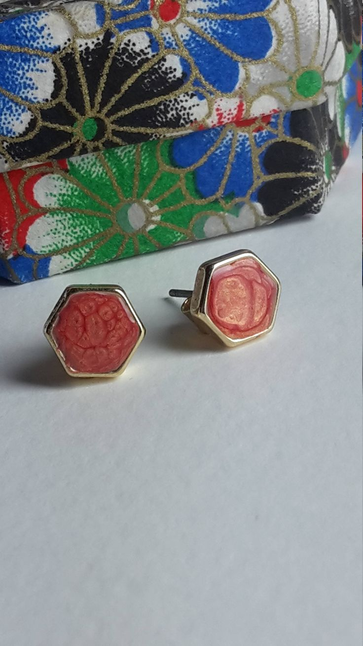 Honeycomb - hexagon stud earrings with salmon pink colour accent by WildGingerBoutiqueCo on Etsy
