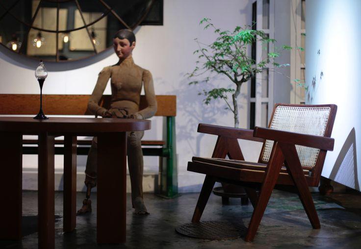 Objet d' art INDUSTRIAL+ART+ANTIQUE アンティークショプ/インテリアショップ #Pierre_Jeanneret#jeanneret#antique#stilnovo#interior_shop