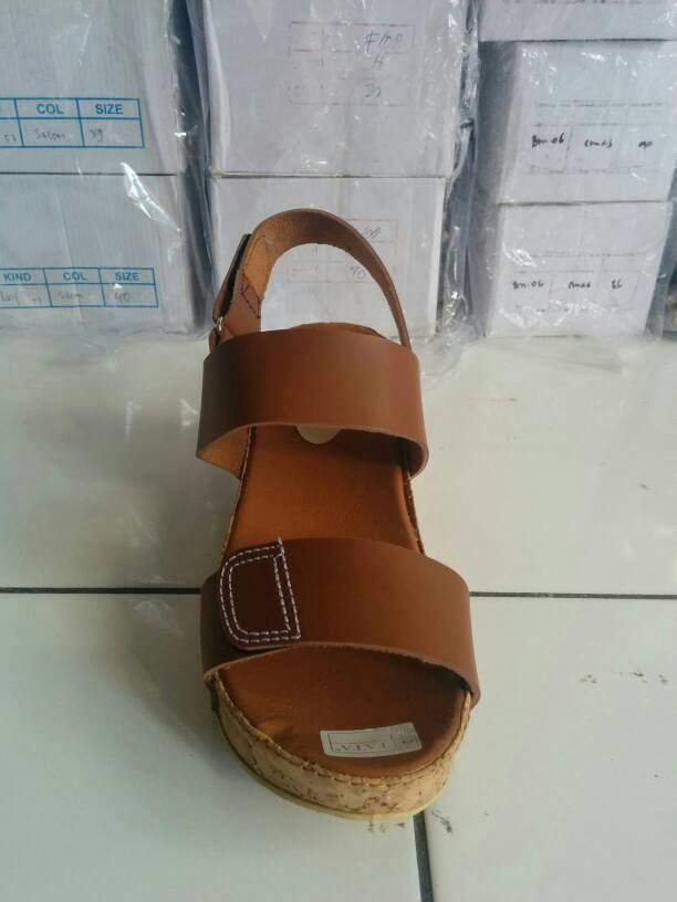 Wedges ME4001 Tan
