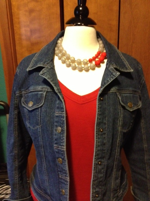New from Premier, my daughter and I played around with this necklace today, finding outfits to match :). Carolyn Popp - Premier Designs Jewelry