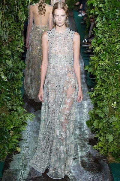 Valentino Fall 2014 Couture Collection Photos - Vogue