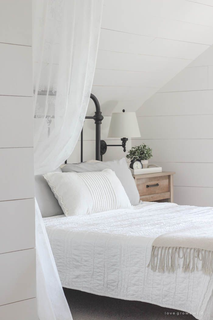 Love this farmhouse master bedroom! Click for more photos at LoveGrowsWild.com