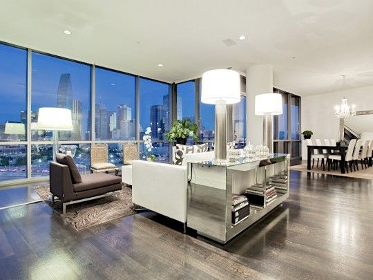 spacious luxury high rise apartment near the new perot museum at 2200 victory avenue