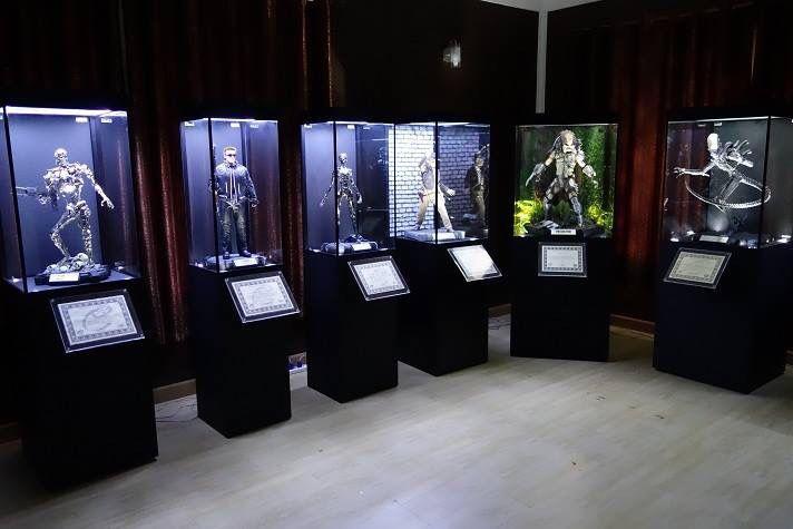 Awesome pedestal display