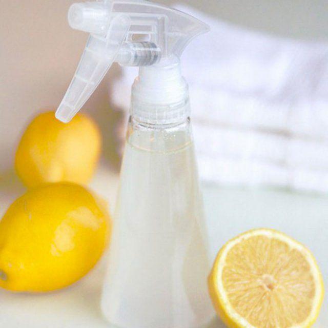 Spray parfumé au citron et lavande pour le linge