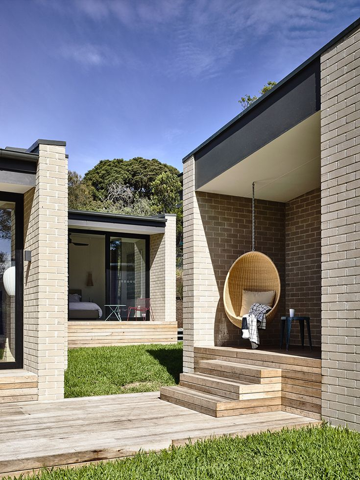 Exterior | Sorrento House by Inform Studio and Pleysier Perkins Architects | est living