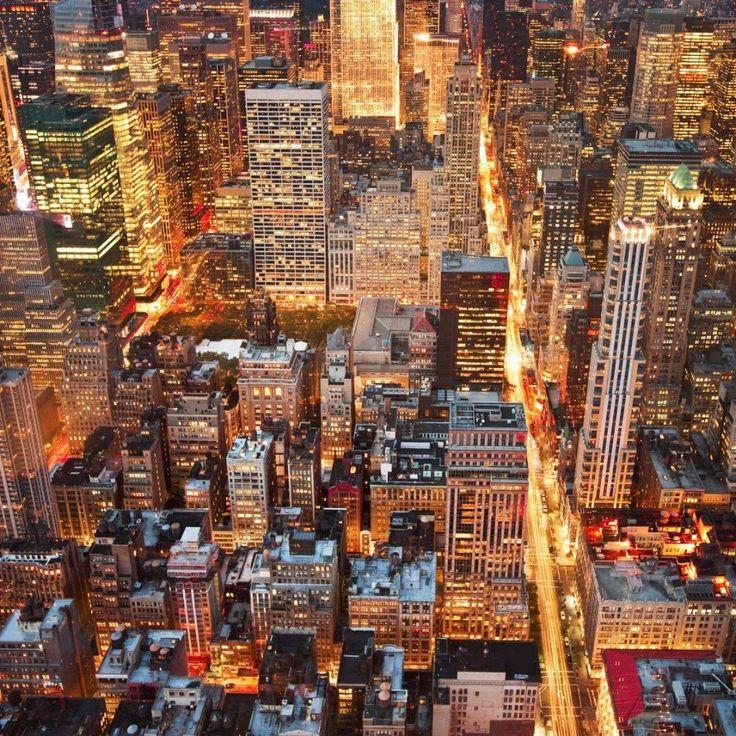 Ночной Нью-Йорк, вид с Эмпайр-стейт-билдинг