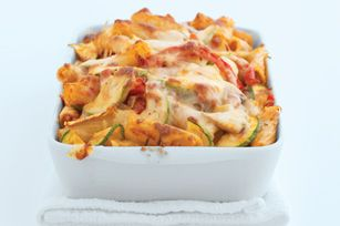 Tuscan Vegetable Baked Ziti - I usually omit the red peppers when I make this, but it's still a great way to sneak some veggies into your kids diets =)