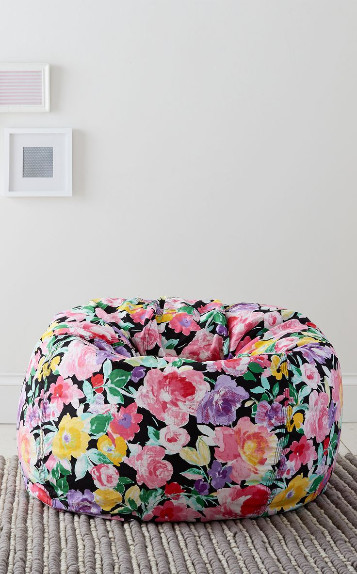 Get the best seat in the house with this super plush beanbag. The perfect spot for creating your own reading nook to curl up with your favorite book.