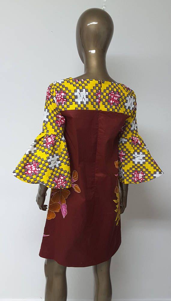 AYAWAX collectie. Afrikaanse Print Shift Dress. Sleutelgat