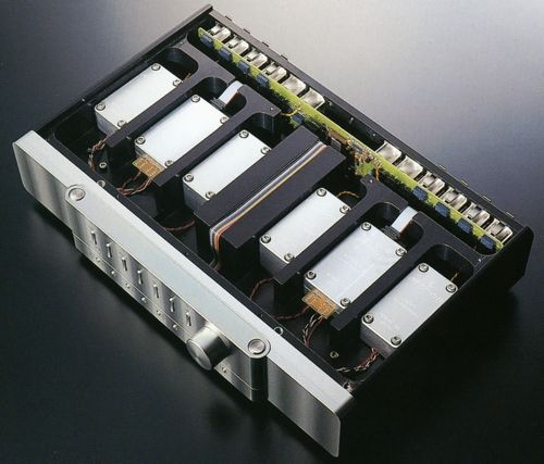 Jeff Rowland Design Group Coherence ii linestage preamplifier.