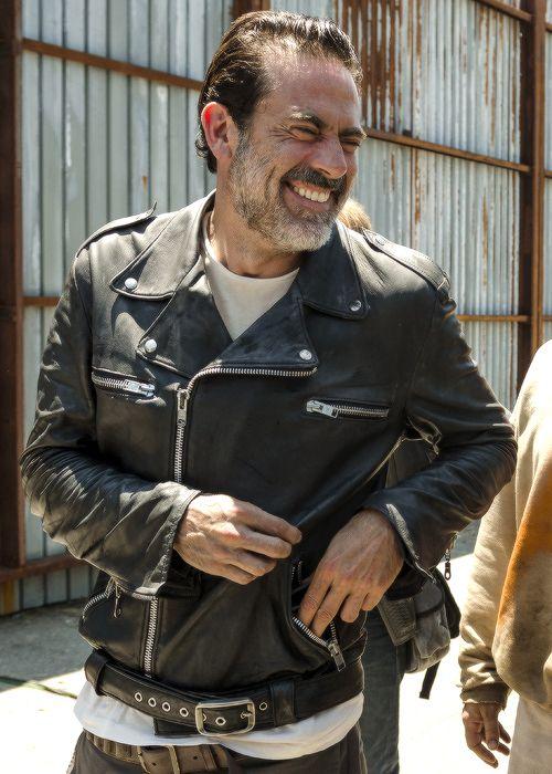 Jeffrey Dean Morgan (Behind the scenes of the Walking Dead/ Season 7/Ep.4)