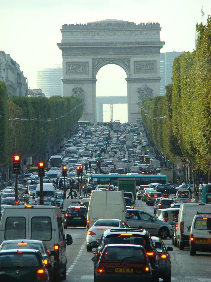 Arc de Triomphe - Paris 2013