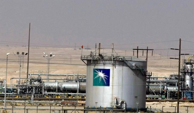 Saudi Arabia to sell 49% of Aramco within decade