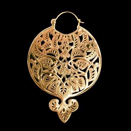 Brass Basque earrings by Tawapa, $99.00 I have wanted these for so long and by the end of the month I will finally be able to purchase them! Yesss.