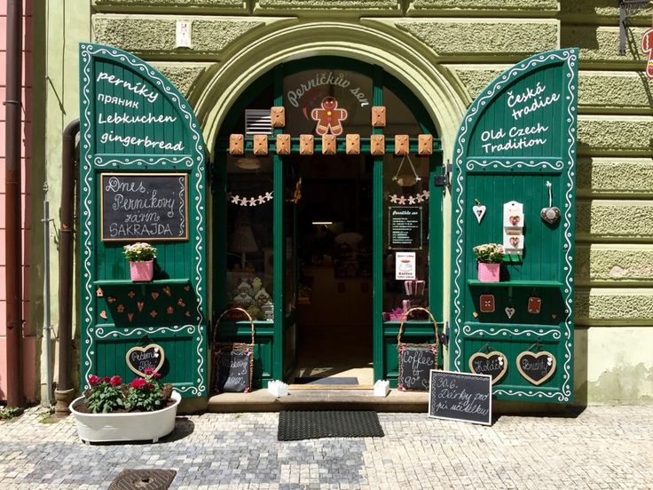 Three Unique Ways To Discover Prague For The First Time - Girl in Florence