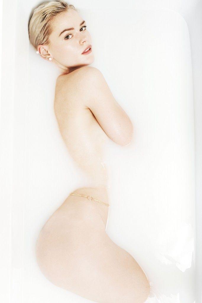 Cecilie melli