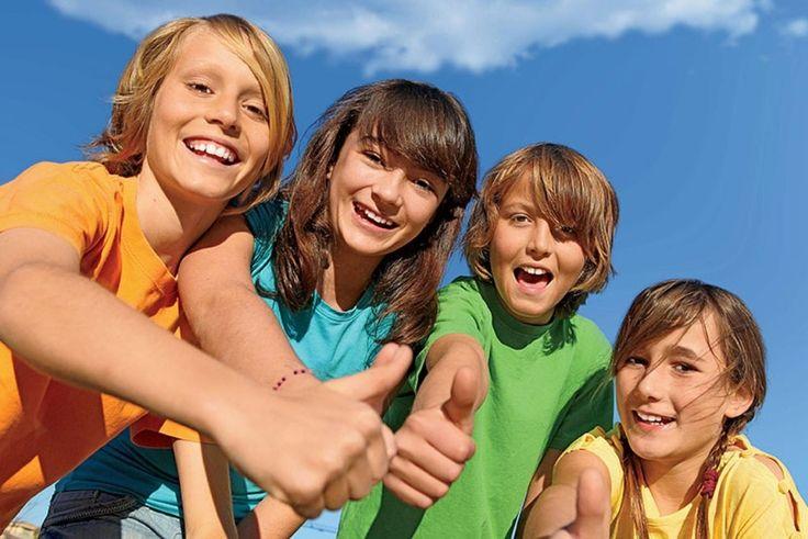 На Ямале продолжается приём заявок на отдых и оздоровление детей и молодёжи в летний период 2017 года.   Заявочная кампания проводится в электронном виде посредством единого окружного интернет-портала. Главные условия: ребёнку должно быть от 7 до 17 лет и он должен проживать на территории автономного округа. По 14 марта принимаются заявки от льготных категорий ямальцев. К ним относятся дети из малоимущих семей или оставшиеся без попечения родителей, либо имеющие ограничения в здоровье или…