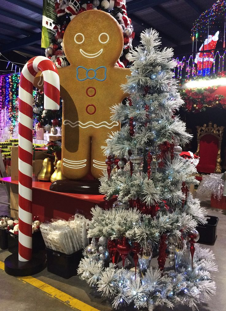 Flocked spiral tree works perfectly with the candy cane theme.