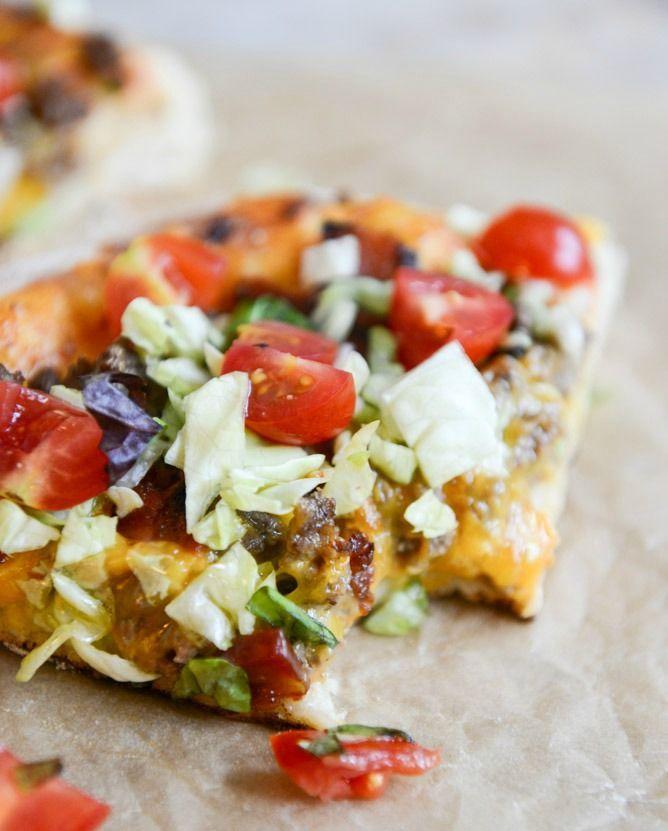 Bacon Cheeseburger Skillet Pizza (Görüntüler Ile