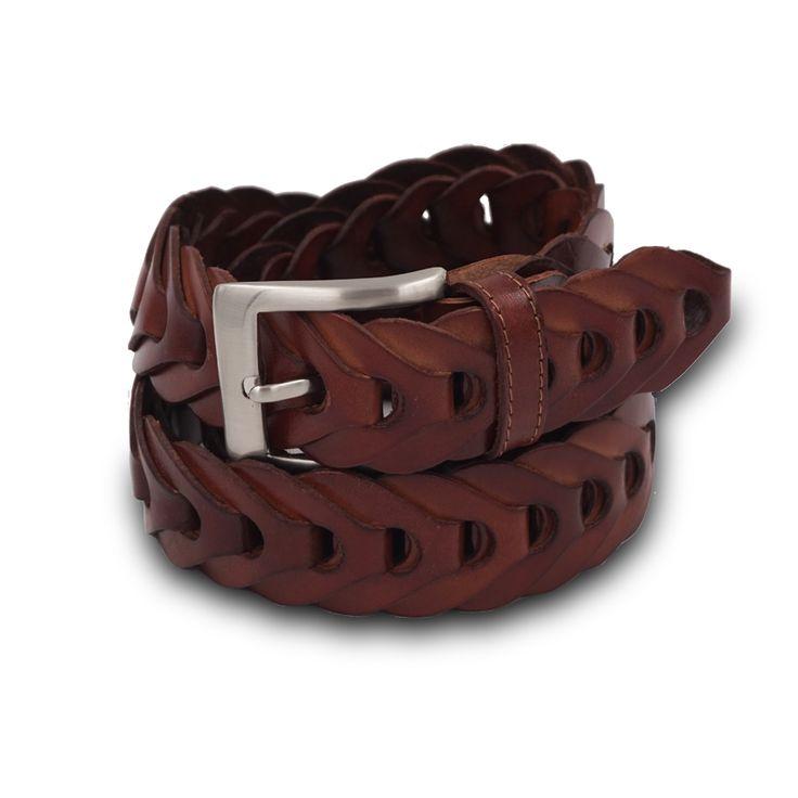 CINTURA INTRECCIATA IN VERA PELLE. #mariodoni #belts #leatherbelts #leather #crafts #craftsman #handmade #madeinitaly #2018
