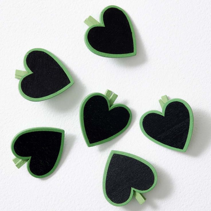 These Mini Heart Photo Pegs are the perfect addition to any Polaroid picture. Super cute and available in a range of colours, they'll fit well with your snaps.
