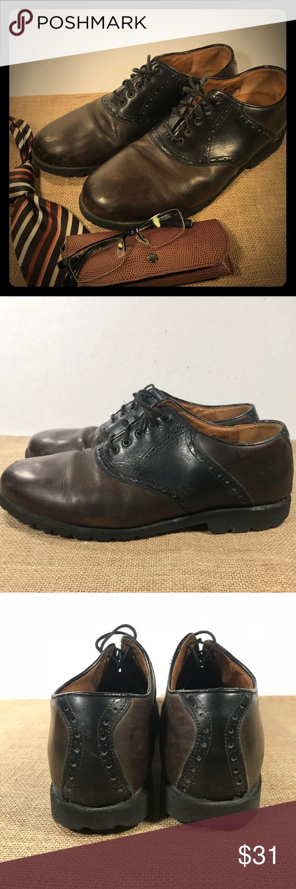 """Mens 10 Two Tone Oxfords By """"Johnston and Murphy"""" US Mens Size 10 Two-Tone Black and Brown Lace-Up Oxfords These are in good condition, but show some signs of wear (light haze/scuffing) Johnston and Murphy  •Accessories Not Included in Sale• Johnston & Murphy Shoes Oxfords & Derbys"""