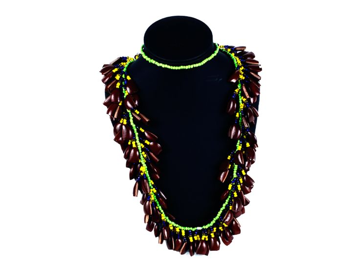Collar Chaquiras y Semillas - Catálogo de Productos - Artesanías de Colombia
