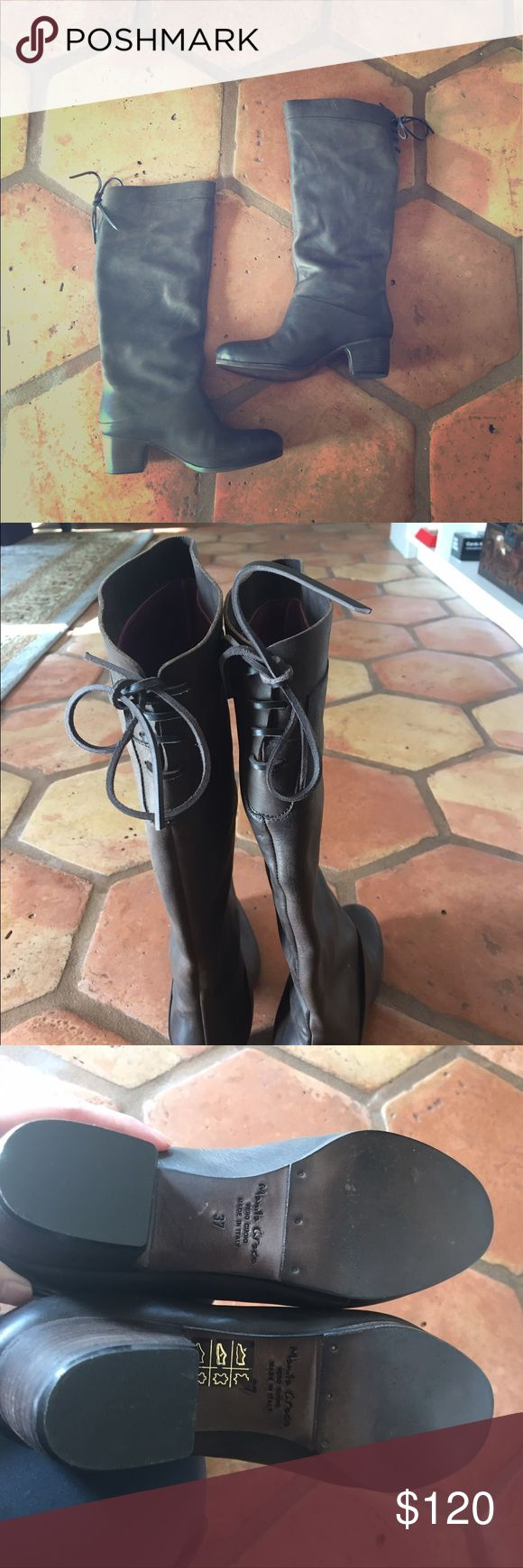 Brown leather boots with bow detail Brand new, never worn brown leather boots. Inside is lined in purple leather. Slip on style. Made in italy. Shoes Heeled Boots