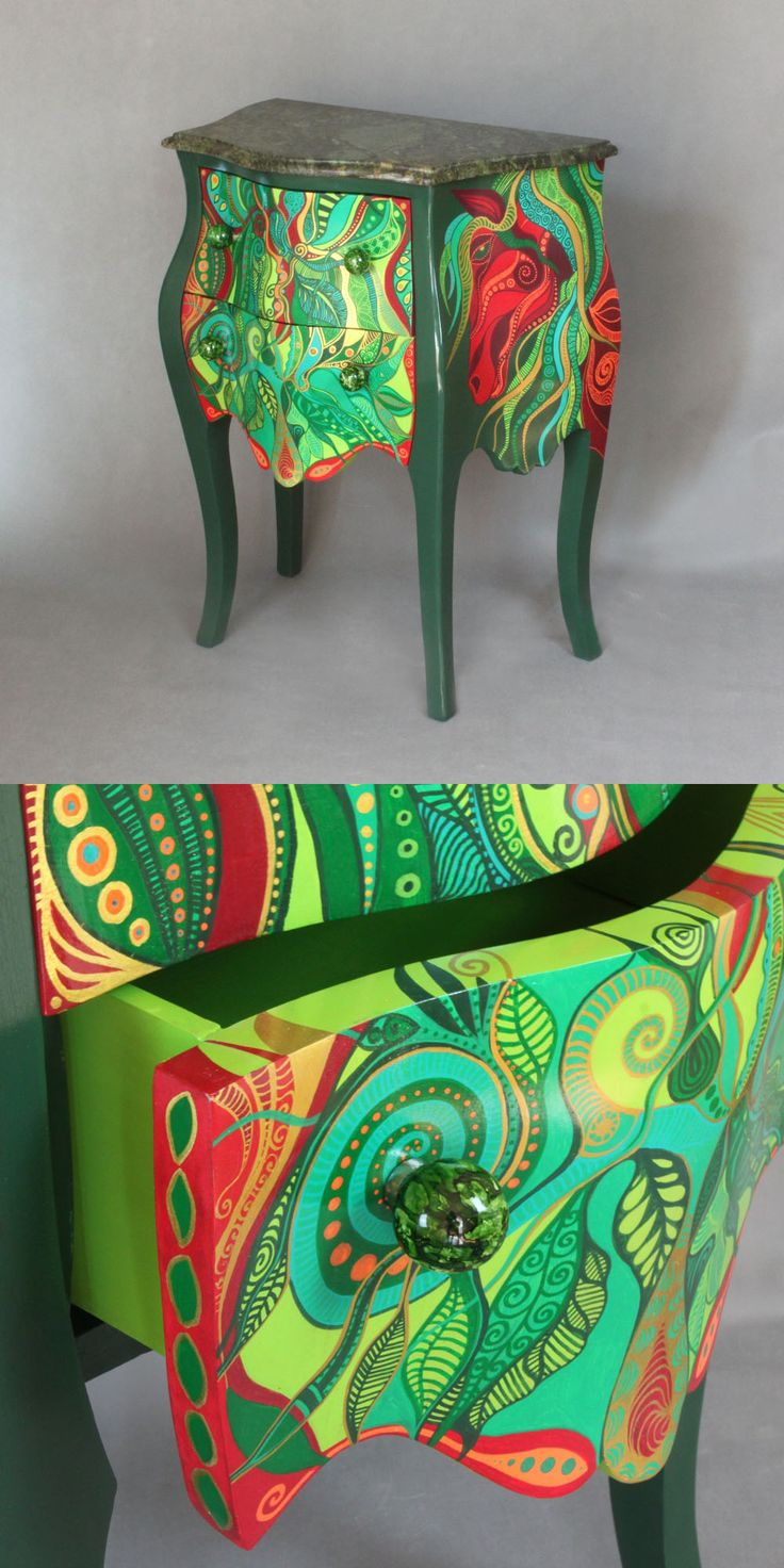 Hand-painted Emerald chest of drawers
