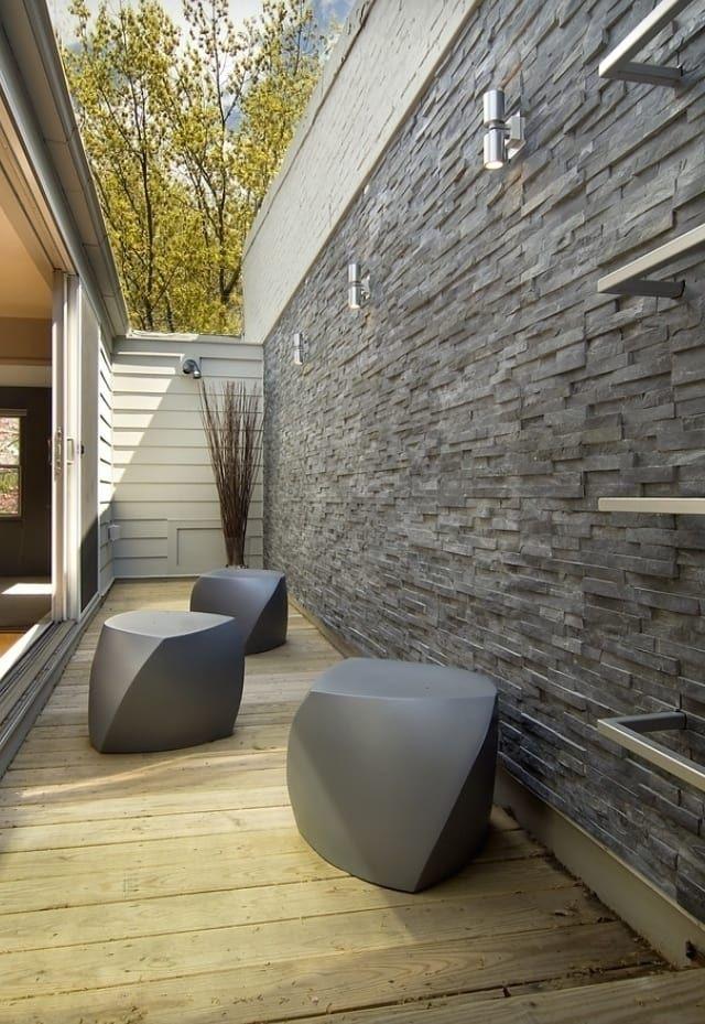 Komplette Aussenanlage Im Taunus Moderner Balkon Veranda