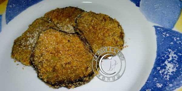Melanzane sabbiate agli aromi http://www.lapulceeiltopo.it/home/sito-categorie-ricette-by-la-pulce-e-il-topo/contorni/47-melanzane-sabbiate-agli-aromi