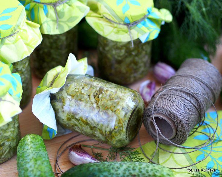 Smaczna Pyza: Domowe przetwory. Ogórki tarte, kiszone, na zupę
