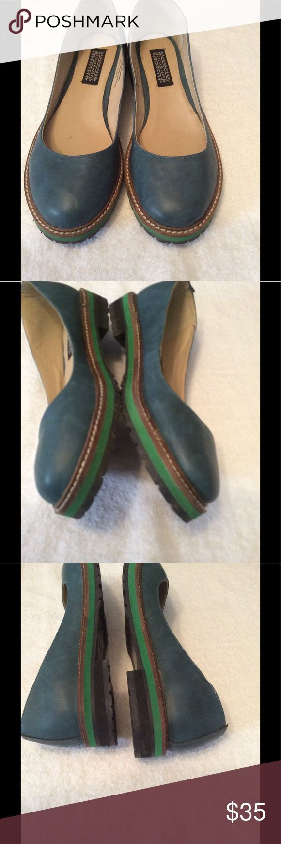 Deena&ozzy shoes Preloved  has some fine scratches nothing major otherwise nice Deena & Ozzy Shoes Flats & Loafers