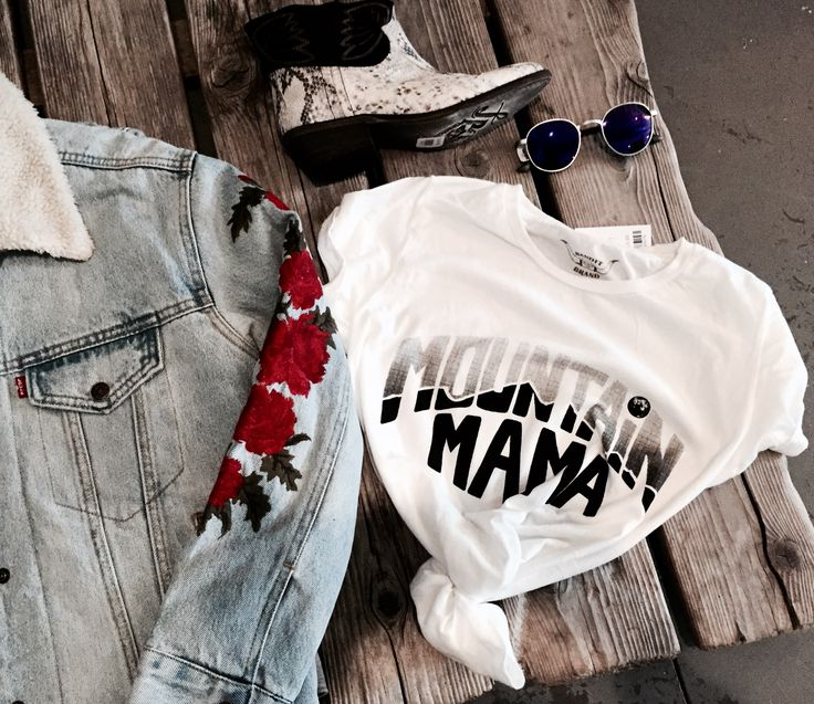 Fall fashion 2017 all instock visit HERPUBLIC.com Enjoy 15%off while shopping on our online store PROMO CODE: AlexPinterest #banditbrand #mountainmama #vintagestyle #levis #exboyfriendtruckerjacket #proofeyeware #freepeopleshoes #anklebooty #snakeskin #embroidered #roses #retro