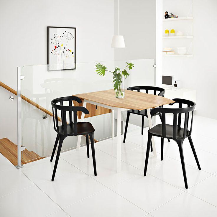 IKEA PS 2012 Klapptisch aus Bambus/in Weiß für 2-4 Personen mit schwarzen IKEA PS 2012 Stühlen mit Armlehnen